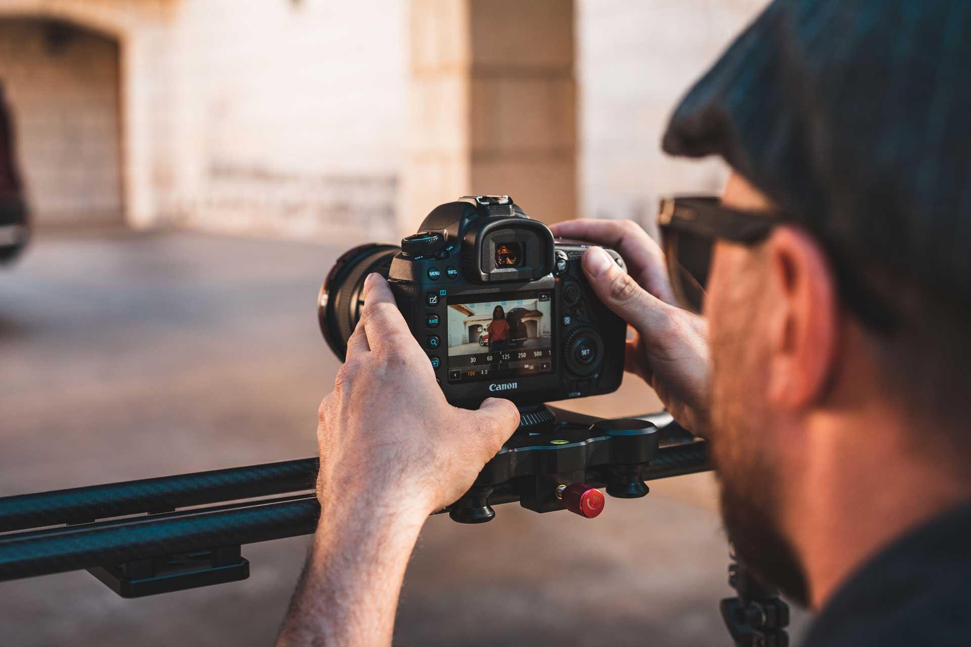 austin-ulen-checking-shot-creative-cannon